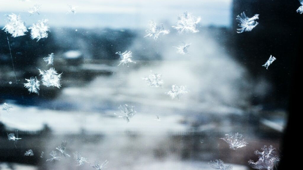 Image of snowflakes