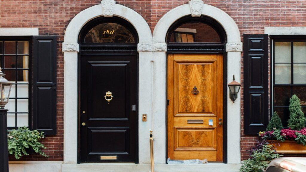 Monolith black door and microservices brown door