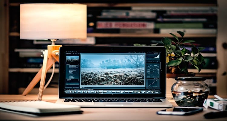 Computer on desk: Application Integration